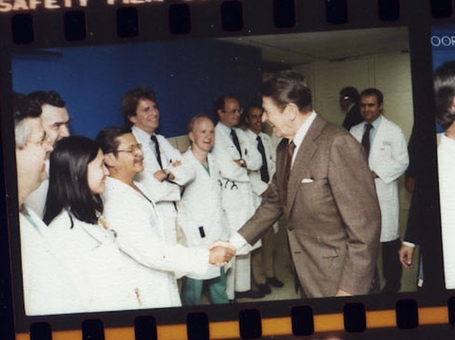 Presdient Ronald Reagan greets Dr. George Morales in 1981. (White House)